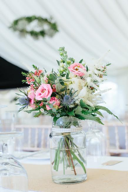 wedding-table-flowers
