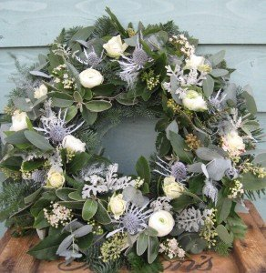 Winter whites wreath 2